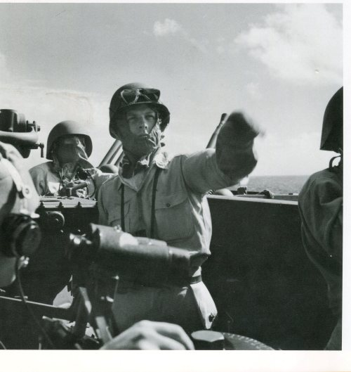 Directing defense against a torpedo-bomber attack