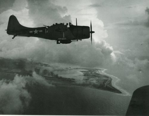 Dive bomber on patrol, 1943