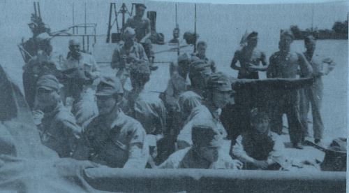 japanese-prisoners-on-pt-boat
